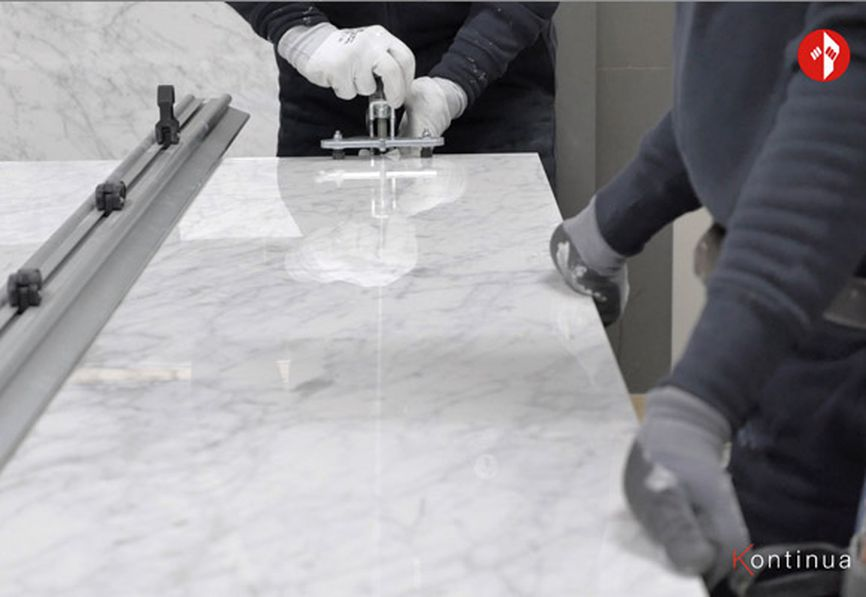 Cutting porcelain stoneware tiles
